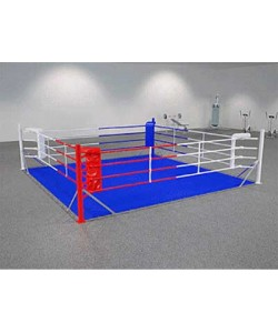 Ринг боксерский на упорах